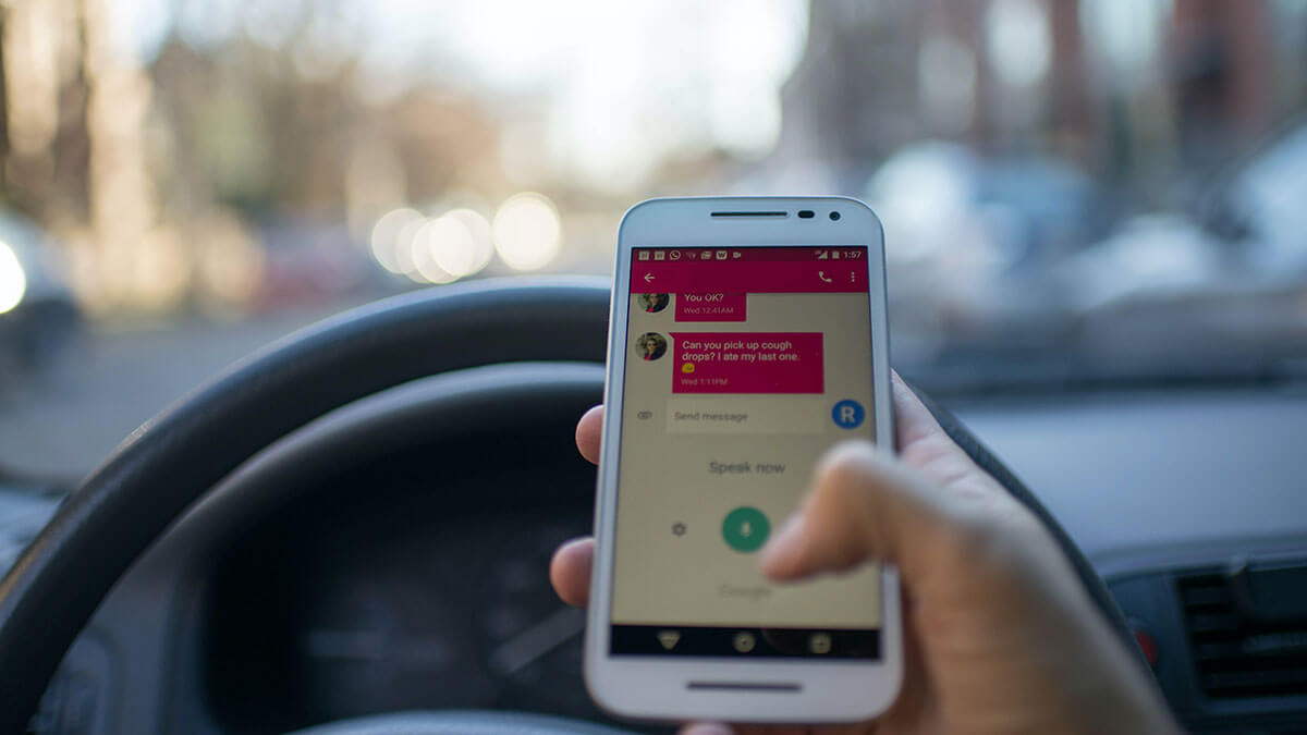10 distracted driving behaviors that cost you money