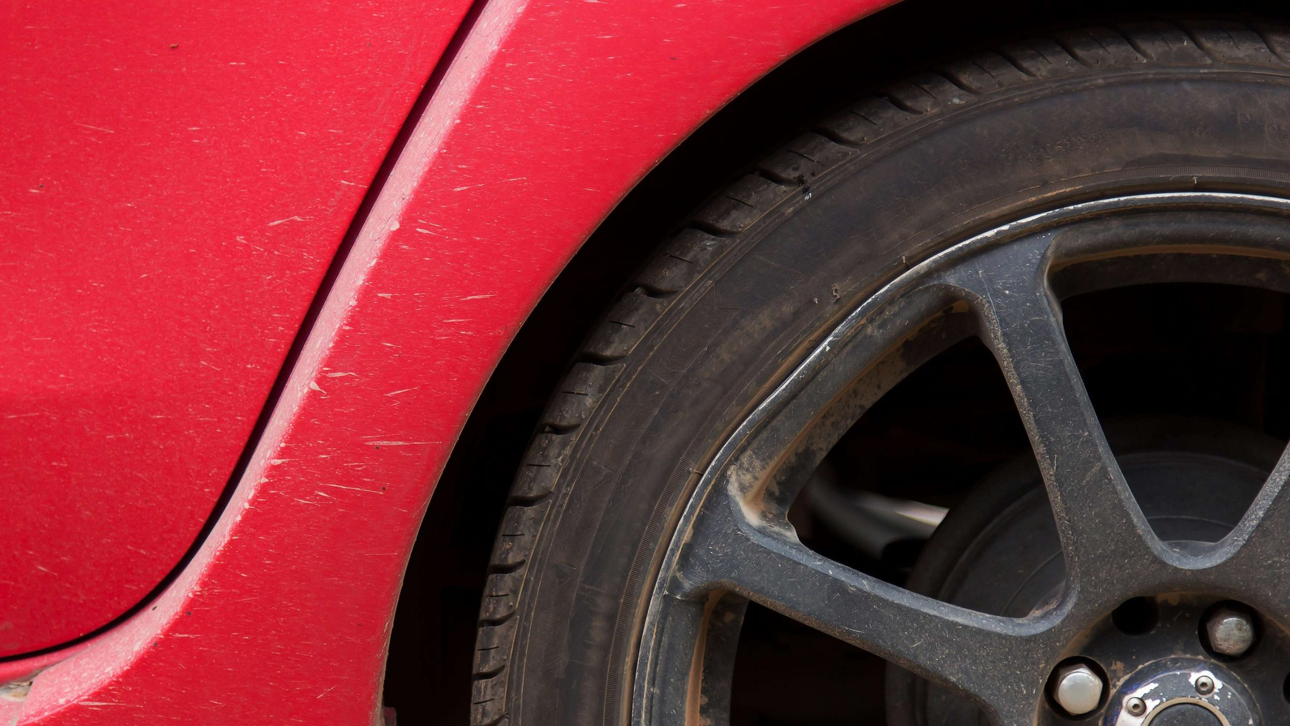 How to repair or replace the rusty tire rim on your vehicle